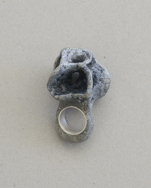 Ring 2013, [4x6.3x3,5cm]