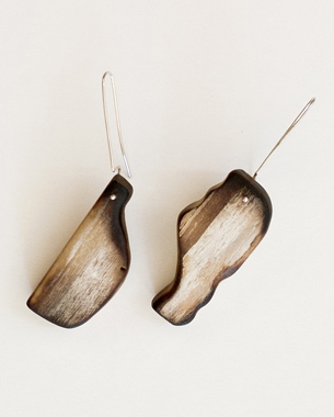 Remains,2012, earrings, wood, acrylic pigment, sterling silver, photo by Yannis Mathioudakis, (anammaseminarsjewelryen.weebly.com)